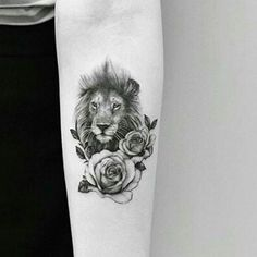 Lion And Rose Tattoo, Leo Lion Tattoos, Animal Tattoos, Small Lion Tattoo For Women, Rose Tattoos For Women, Mini Tattoos, Body Art Tattoos, Small Tattoos, Tatoos
