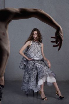 See the complete Maticevski Resort 2016 collection.