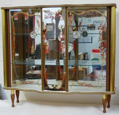 Stunning 1950s Vintage Retro Glass Fronted Display Cabinet sold in an evening on eBay!