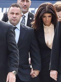 teresa giudice prison | Teresa & Joe Giudice Sentenced to Jail: Why They're Going to Prison ...