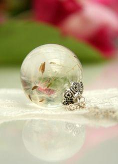 Resin real flower Resin pendant Pendant dandelion by RALIJEWELLERY, €15.00