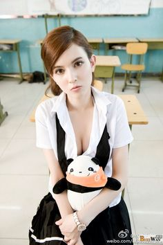 Rola Misaki Japanese-Russian Eurasian super cute model actress -【Buzz Girls】