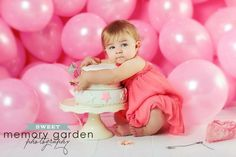 Mine!  : D.  So cute!    22 Ideas For Your Baby Girl's First Birthday Photo Shoot