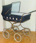 kočárky nejen našeho mládí Vintage Stroller, Prams, Diy Hacks, Baby Strollers, Retro, Hana, History, Pram Sets, Strollers