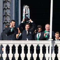 Adrien com a nossa 16a Taça de Portugal! Adrien with our 16th Portuguese Cup!  #EmModoJamor #SportingCP