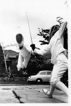 Mitzi Ferguson practising the Flèche. Note: Laszlo Borsodi was a fine teacher, turning out a long line of champion fencers. In the late 1920s, Borsodi and Santelli combined to develop and teach the technique of the Flèche.