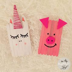 De Knutseljuf Ede – Crafts with wooden popsicle sticks – unicorn and piglet – Knippen Paper Flowers For Kids, Paper Plate Crafts For Kids, Animal Crafts For Kids, Craft Activities For Kids, Art For Kids, Popsicle Stick Crafts, Popsicle Sticks, Craft Stick Crafts, Yarn Crafts