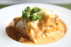 Morčacie vrkoče s nivovou omáčkou Mashed Potatoes, Om, Meat, Chicken, Ethnic Recipes, Whipped Potatoes, Smash Potatoes, Cubs