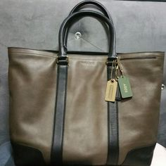 BLEECKER legacy business tote in leather (style no. 70600)