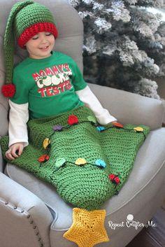 Crochet Christmas Tree Blanket Tail   AllFreeCrochet.com