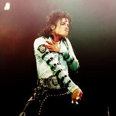 MJ Bad tour