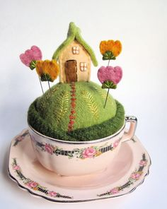 Tiny houses in cups!