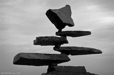 escultura de pedras empilhadas 07
