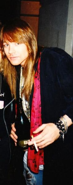Photo of aXL for fans of Axl Rose 18536749 Axl Rose, Guns N Roses, Metallica, Hard Rock, Rango Vocal, Rose Williams, Rose Photos, Nikki Sixx, Rock Legends