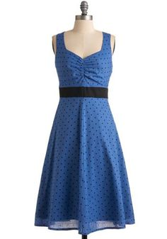 Nice Blue dress with black polka dots... Fashion. Turn to the left. Fashion. Turn to the right. Check more at http://fashionie.top/pin/36368/