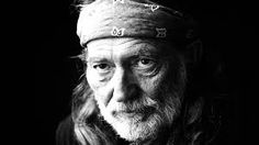 Willie Hugh Nelson es un compositor, cantante y guitarrista estadounidense de country.
