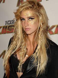Kesha costume hair and makeup; LOVE! :)