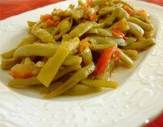 Zeytinyagli Taze Fasulye (Fresh Beans With Olive Oil) Recipe http://www.yemek-tarifi.info/english/recipe.php?recipeid=54