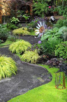 Sunset article with plants I like: hosta, hakenochloa, heuchera, ophiopogon nigrescens, soleirolia...