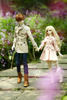 Ball jointed dolls taking a walk, great shot Anime Dolls, Ooak Dolls, Blythe Dolls, Barbie Dolls, Pretty Dolls, Beautiful Dolls, Cute Love Images, Kawaii Doll, Poppy Parker