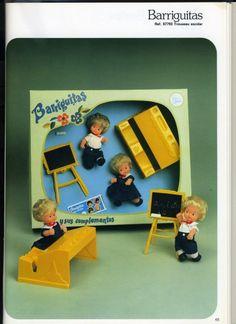 Mis Muñecas: Catálogos Barriguitas - Los accesorios My Generation, Mini Me, Old Toys, Retro, Vintage Dolls, Vintage Designs, Toddler Bed, Nostalgia, Childhood