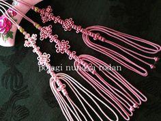 メドゥプ教室 Chinese Art, Knots, Chinese Knotting, Tassels, Blog, Korean, Handmade, Crafts, Japanese
