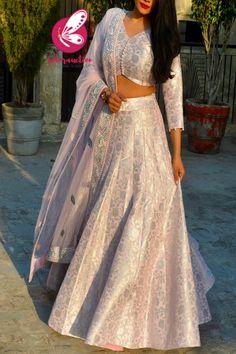 Lehenga Designs Simple, Simple Lehenga, Half Saree Designs, Choli Designs, Brocade Blouse Designs, Fancy Blouse Designs, Stylish Dress Designs, Saree Blouse Designs, Indian Dress Up