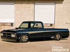 72 GMC, love the exhaust ports in front of the back wheels!