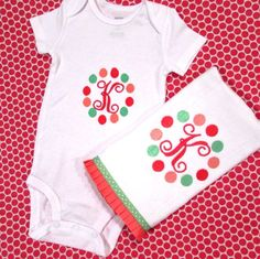 Personalized baby burp cloth & jumper set - Girl polka dot