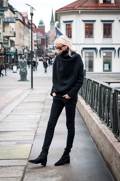 all black with an Acne knit. #EllenClaesson in Stockholm.