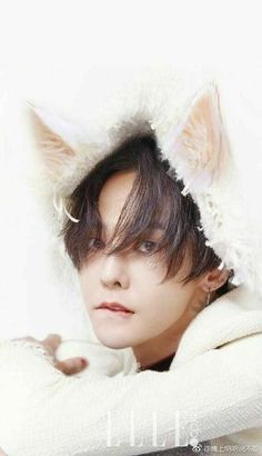 G Dragon Wallpaper And Photo Collection. G Dragon Is One Of The Most Popular And Famous Kpop Singer, Dance, Rapper, Produser, entrepreneur. Daesung, Gd Bigbang, Bigbang G Dragon, G Dragon Cute, G Dragon Top, Yg Entertainment, Yugyeom, Baekhyun, Bigbang Wallpapers