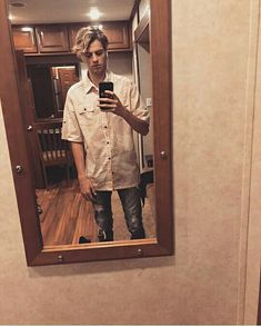 Jace Norman as his character Henry from Henry Danger. Jason Norman, Henry Danger Jace Norman, Norman Love, Jace Norman Snapchat, Henry Danger Nickelodeon, Ella Anderson, Danger Girl, Taylor S, Taylor Hill