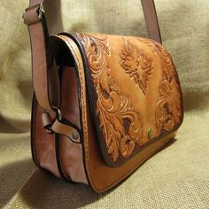 Leather shoulder bag Carmen carved natural tone by CARACODA