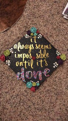 - - - You are in the right place about DIY Graduation leis Here we offer you the most beautiful pictu Diy Graduation Gifts, Graduation Cap Designs, Graduation Cap Decoration, Graduation Celebration, College Graduation, Graduation Ideas, Graduation Photos, Cap College, College Years