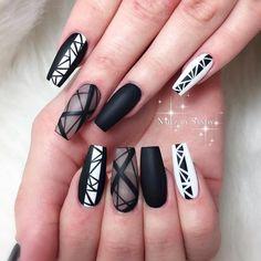 Nail style very beautiful for girls long nail Black Nail Designs, Simple Nail Art Designs, Cute Nail Designs, Summer Acrylic Nails, Best Acrylic Nails, Chic Nails, Swag Nails, Nail Mania, Lines On Nails