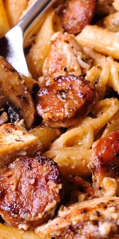 Cajun Chicken and Sausage Pasta in Creamy Parmesan Sauce is easy to make in only.Cajun Chicken and Sausage Pasta in Creamy Parmesan Sauce is easy to make in only 30 minutes! Smoked sausage, mushrooms and Worcestershire sauce here do a beauti Chicken Sausage Pasta, Chicken Pasta Recipes, Butter Chicken, Garlic Chicken, Recipe Pasta, Cajun Pasta With Sausage, Sausage Meals, Pasta Recipies, Italian Sausage Pasta