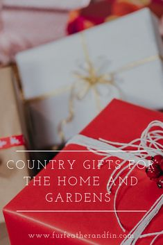 Top gift ideas for the country home and garden Top Gifts, Gift Guide, Home And Garden, Gift Wrapping, Gift Ideas, Country, Christmas, Inspiration, Decor