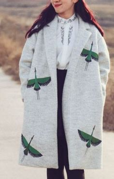 Fine Art Collection Japanese grey wool green crane hand embroid winter coat