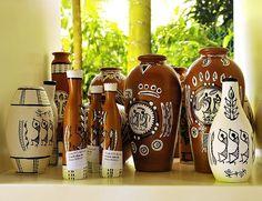 Handmade pots with WARLI designs Worli Painting, Bottle Painting, Bottle Art, Bottle Crafts, Pottery Painting Designs, Pottery Designs, Bengali Art, Indian Folk Art, Madhubani Painting