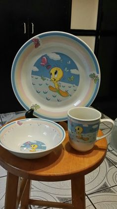 Tweety Bird mug, bowl and plate.