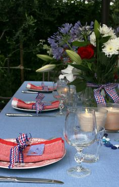 4th of July (I like the idea of denim for the table cloth)
