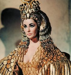 """June 12 marks the anniversary of the 1963 world premiere of """"Cleopatra."""" It raises the question: Who starred in the most expensive Hollywood movie ever — Johnny Depp or Elizabeth Taylor? Elizabeth Taylor Cleopatra, Edward Wilding, Classic Hollywood, Old Hollywood, Hollywood Icons, Hollywood Fashion, Hollywood Actresses, Image Doc, Cleopatra History"""