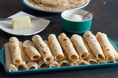 How to Make Lefse with 2 Recipes. Learn how to make lefse with two recipe options. Spread with butter and sugar, roll-up and enjoy! :) Continue this Norwegian tradition. Norwegian Cuisine, Norwegian Food, Norwegian Recipes, Bakery Recipes, Cooking Recipes, Bread Recipes, Yummy Recipes, Cooking Classes Nyc, Instant Potatoes
