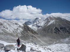 This stunning shot has been taken at one of our treks to Kalindikhal Pass in #Uttarakhand. #adventuretravel #trekkinginIndia