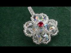 Beading4perfectionists : Four leaf clover pendant made out of Swarovski and miyuki beading tutorial - YouTube