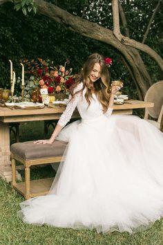 fall wedding ideas - photo by Jessica Lynne Studios http://ruffledblog.com/autumn-leaves-wedding-inspiration