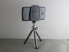 Instantly mount virtually any mobile device to any tripod, in portrait or landscape mode. No adjustment required!
