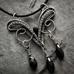 Tutorial: Elven Pendant by Nicole Hanna | JewelryLessons.com