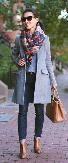 prendas que una mujer necesita fulard