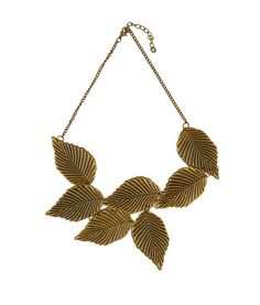 Light weight bib necklace which will add an earthly tone to your outfit. Make a statement with this necklace!